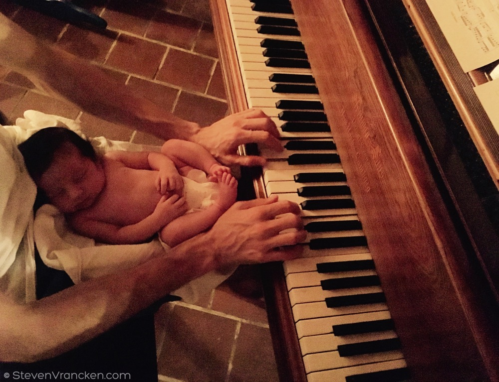 relaxing piano music for babies